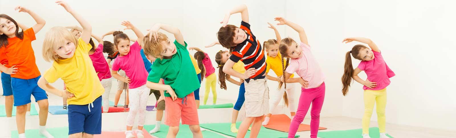 Gruppe von Kindern beim ZENbo Training
